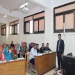 اجتماع مع طلاب قسم ادارة الاعمال للتوعية بأهمية برنامج ادارة الاعمال بالكلية