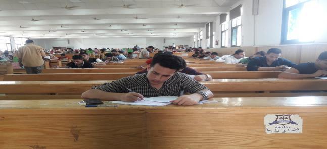 اليوم .. طلاب كلية التجارة يواصلون إمتحانات نهاية الفصل الدراسى الثانى للعام الجامعى 2018-2019