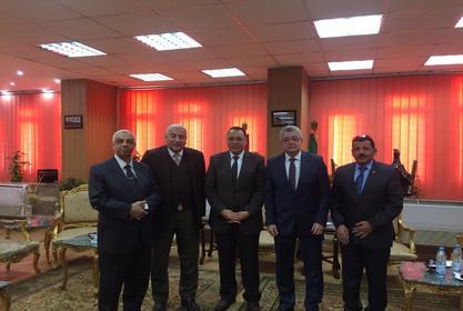 رئيس جامعة مدينة السادات يناقش رسالة علمية بجامعة الزقازيق