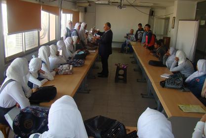 بالصور :- زيارة مدرسة مبارك كول الثانوية الزراعية لمعهد الدراسات والبحوث البيئية جامعة مدينة السادات