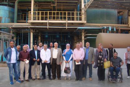 بالصور :- زيارة السادة أعضاء هيئة التدريس والطلاب بقسم التنمية المتواصلة للبيئة بالمعهد لاحد المصانع الحديثة بمدينة السادات (مصنع اويلي مصر)