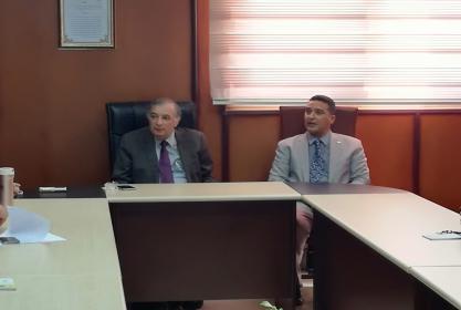 زيارة مدير وحدة التخطيط الاستراتيجي بالجامعة لفريق اعداد الخطة الإستراتيجية بكلية الصيدلة