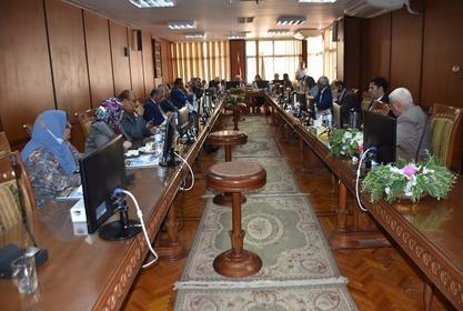 إنعقاد مجلس الجامعة الشهري لبحث جدول الأعمال المطروح على طاولته