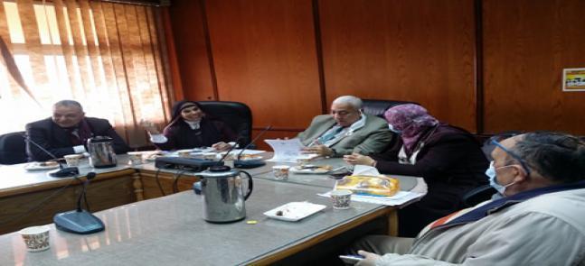 بالصور : مشاركة رئيس الجامعة في حضور مجلس المعهد الطارئ