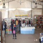 طلاب المدارس بمدينة السادات يقبلون على معرض الكتاب المقام بكلية الحقوق - جامعة مدينة السادات