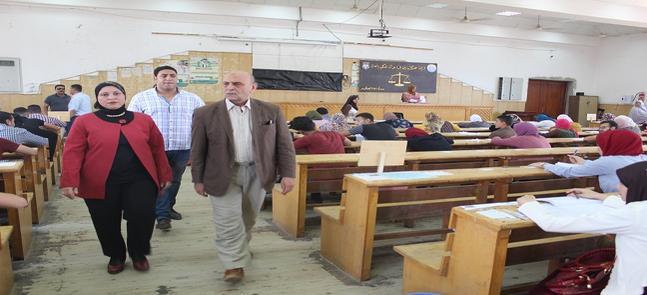 نائب رئيس جامعة مدينة السادات يتابع سير الامتحانات بكلية الحقوق