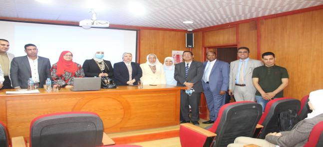 ورشة عمل بكلية الحقوق - جامعة مدينة السادات عن التعليم الهجين